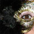 Chicas con máscaras